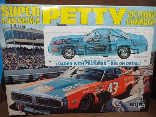 73' Richard Petty Nascar Charger 1/16