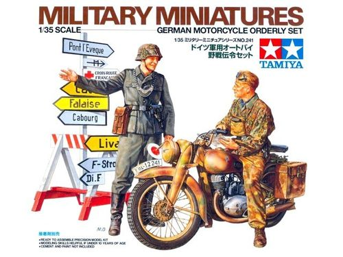 WWII German Motorcycle Orderly Set  1/35