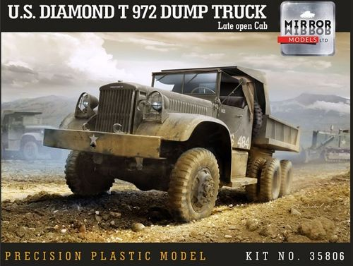 US Diamond T972 Dump Truck Late 1/35
