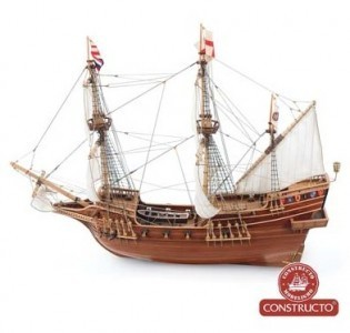 Golden Hind 1/55