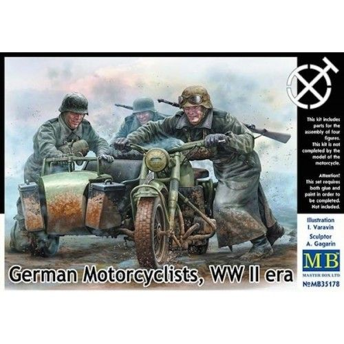 German motorcyclists, WWII era 1/35