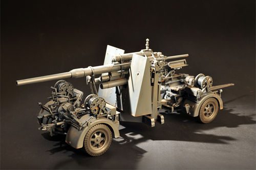 Flak 36 88MM Anti-Aircraft Gun 1/18